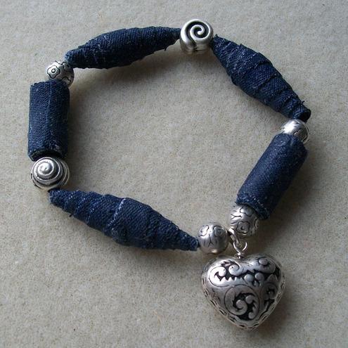 mirabilis-denim-bead-bracelet-with-heart