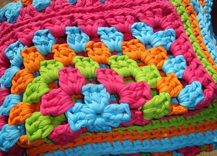Hoopla Rug brights2